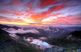 Sunrise from Snowdon