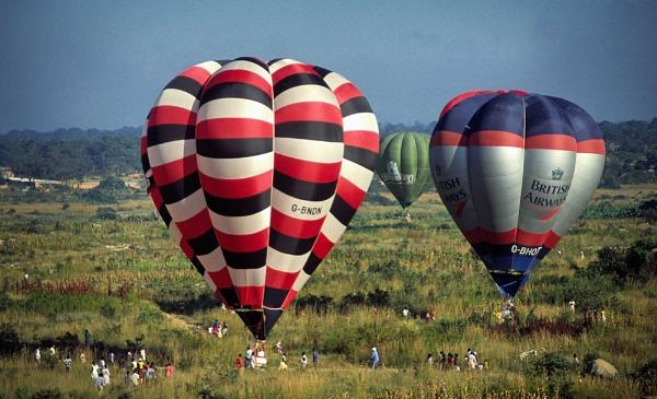 Zimbabwe Balloon Meet by jinstone