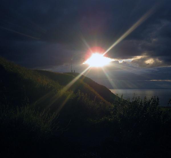 sun shine by Charlie_Bailey