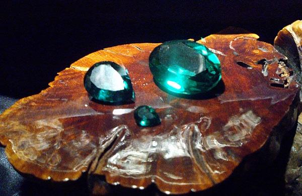 Emeralds by digitalgirl