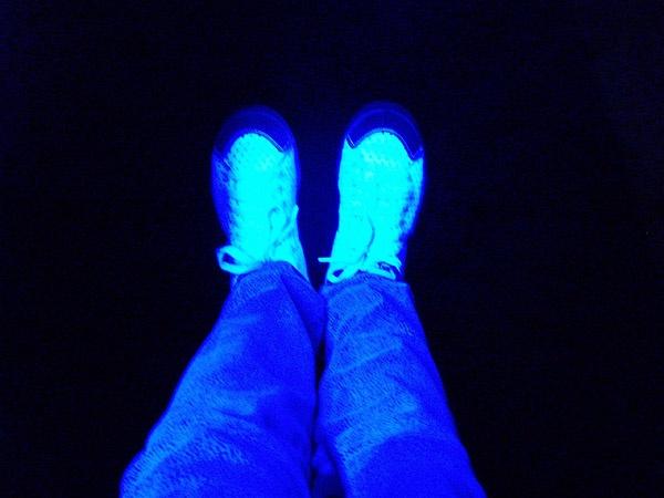 UV Legs ! by digitalgirl