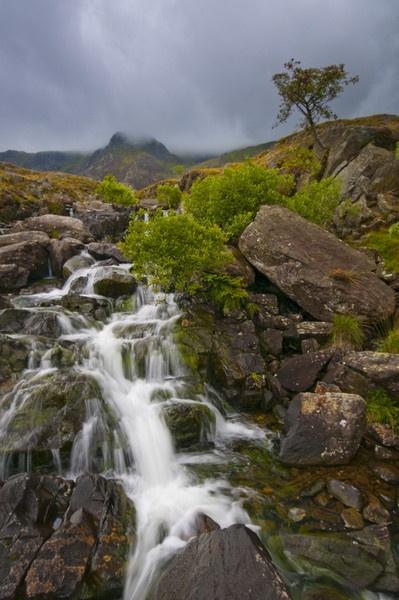 Ogwen Falls by Lorn