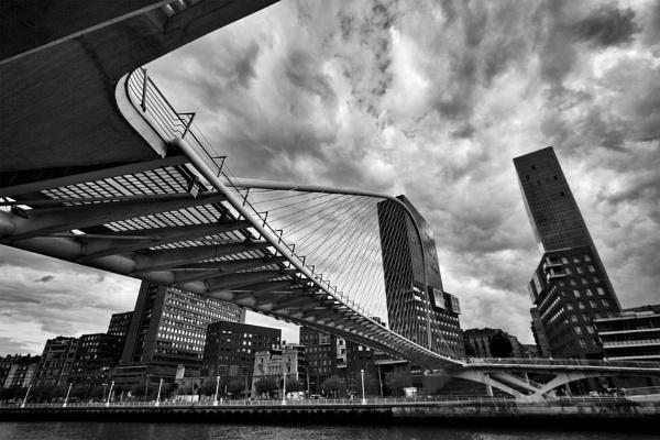 Bilbao by Veom