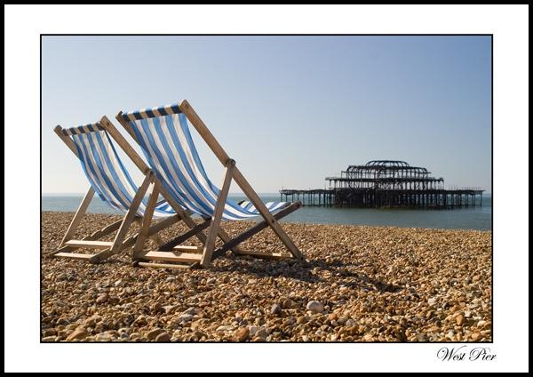 Brighton\'s West pier by rickie