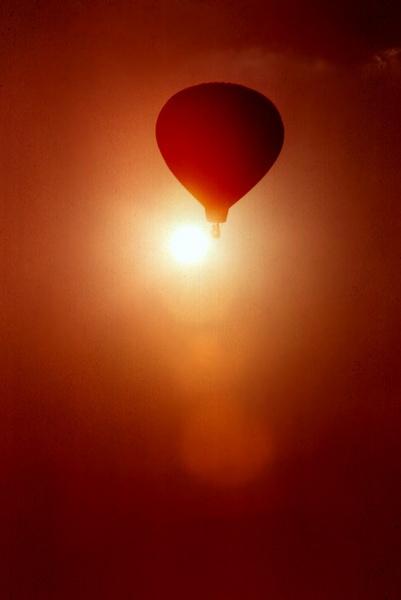 Balloon race by Aldo Panzieri