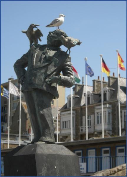 Bird man of Dinard by ChrisOs