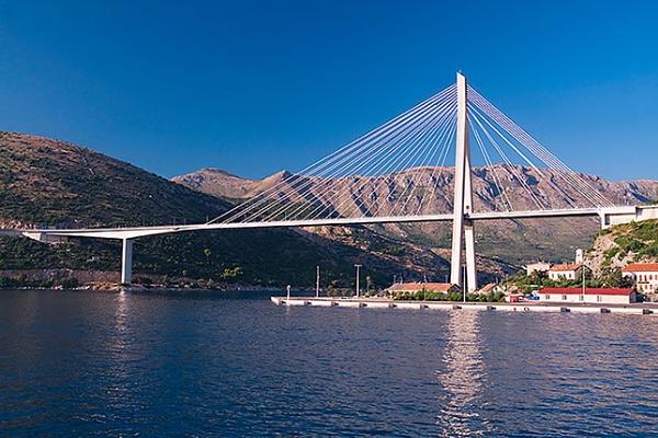 String bridge by Sergey_SG
