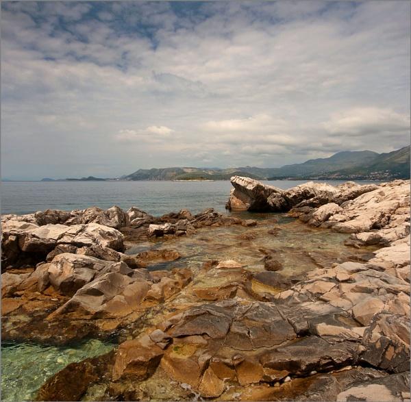 Cavtat rock pool by JanieB43
