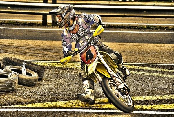 Racing by stevekelly91