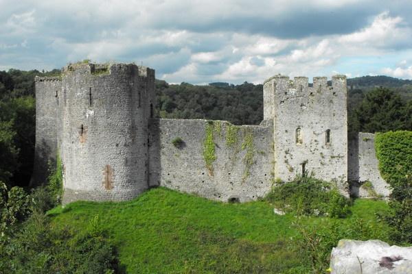 chepstow castle by jones21