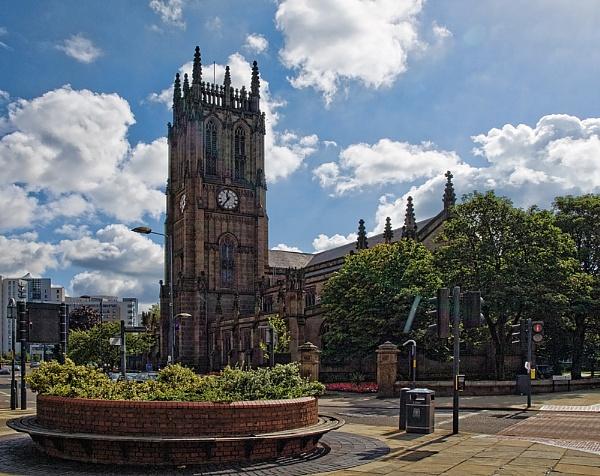 Leeds Parish Church by Philo