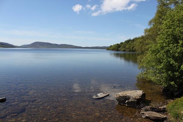 Loch Duntelchaig by RO51WHO