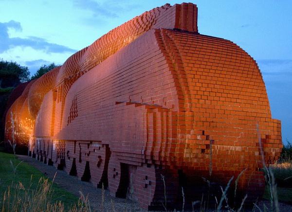 Brick train.. by cam587