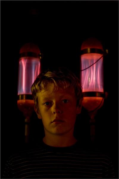 Electro Boy by AlleyCatz