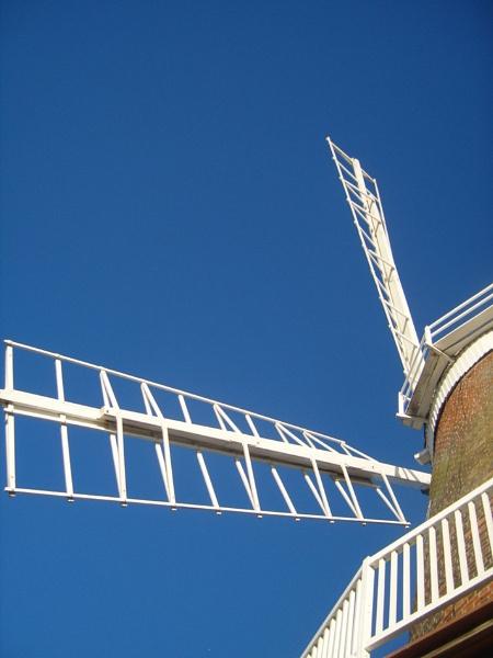Cley Windmill by sakisuki