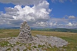 Farlton Knott-summit cairn