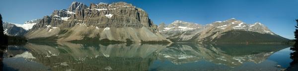 Bow Lake, Banff National Park by JohnJenkins99
