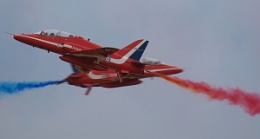 Red Arrows Syncro Pair at Southport 2010