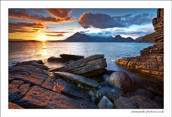 Elgol Sunset by richardwheel