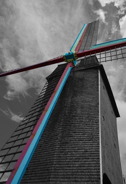 Sint Janshuismolen Popped by Trev_B