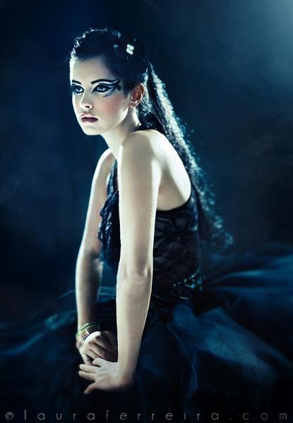 Black Swan by LauraFerreira