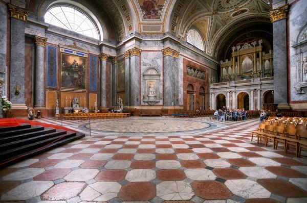 Basilica I. by ambrits