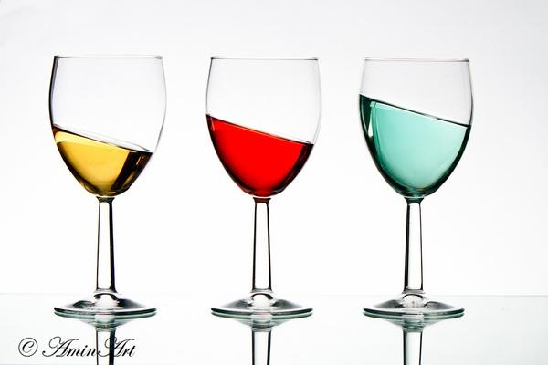 Tilting drinks by zulupentax