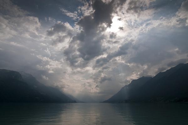Lake Brienz by edjbartos