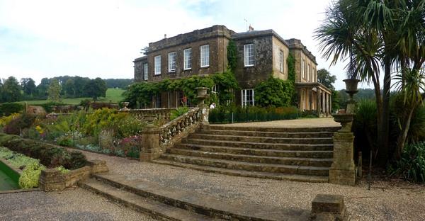 Manor House by rolandb1952