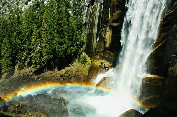 Yosemite - Vernal Falls by john_w168