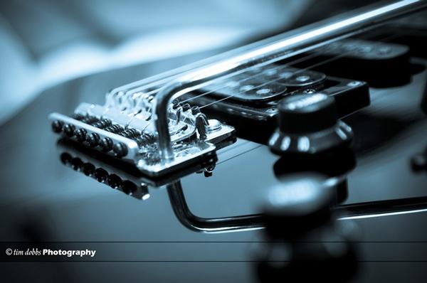 Blue Guitar by kerrang
