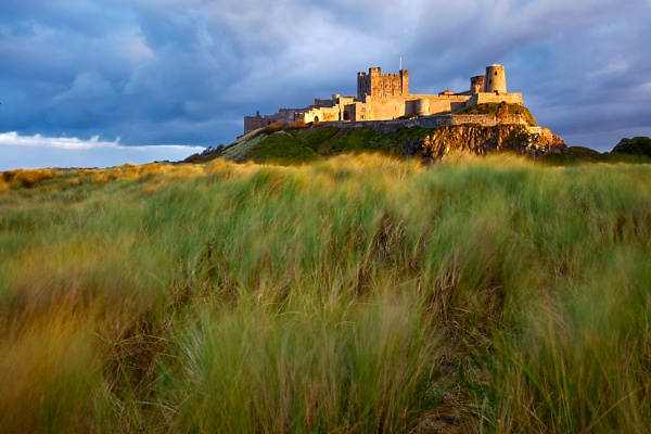 Bamburgh Castle II by munchonu
