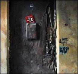 Veteran's door...