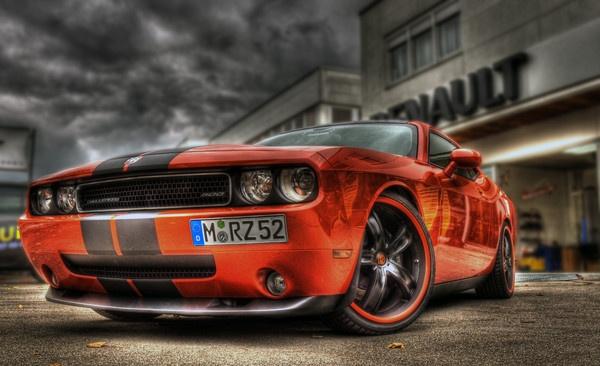 Dodge Challenger by Glynbig