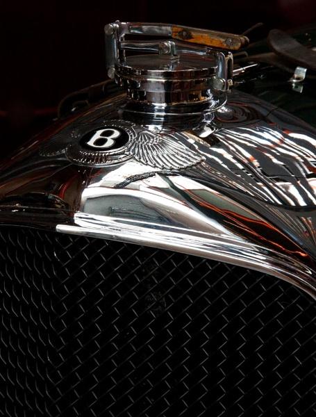 Bentley Bonnet........................ by morpheus1955