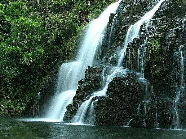 Owharoa Falls 4 by DevilsAdvocate