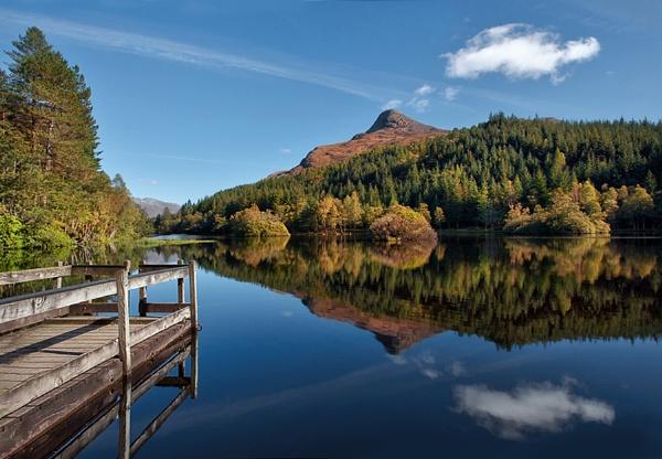 Alternative view Glencoe lochan by treblecel