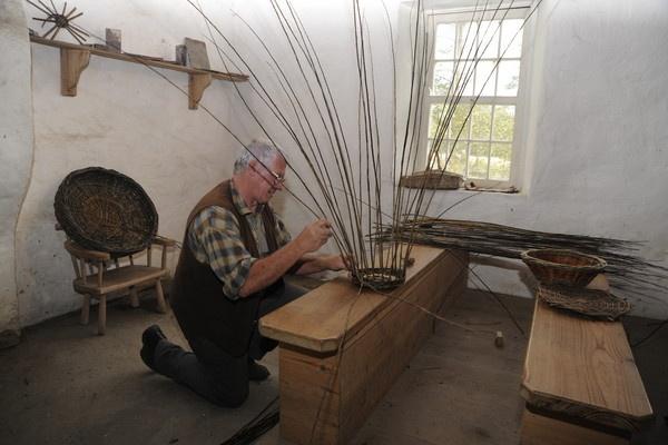 the basket maker by trevmsklly