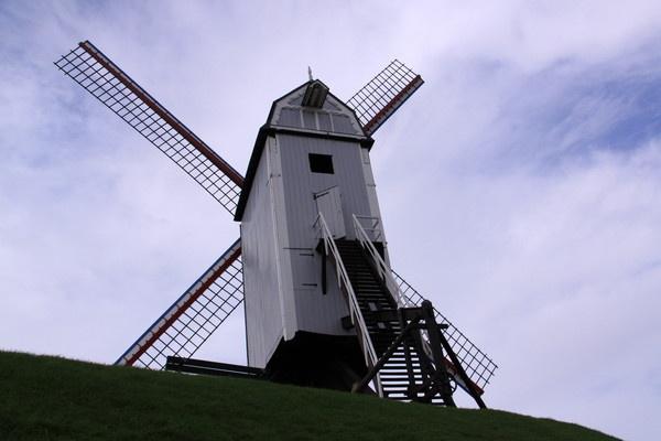 windmill by glennmeeds