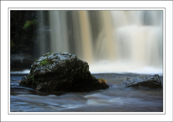 A Couple of Rocks..... by ejtumman