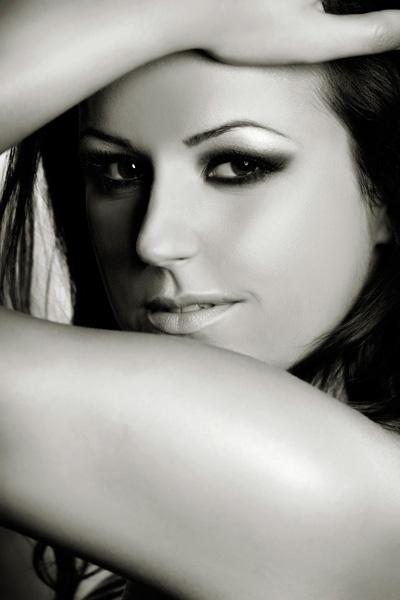 Andreea beauty portrait by scata