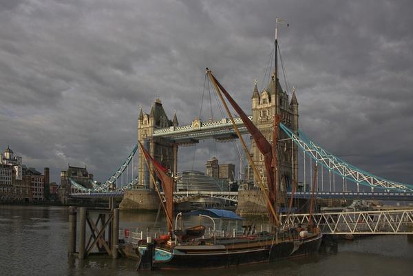 Thames Nostalgia by BevHadland