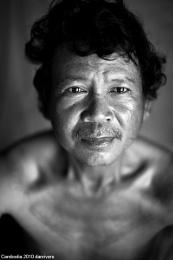 Birdnest village Cambodia Phnom Penh (hope)