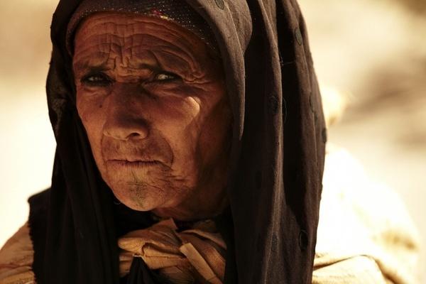 old woman by tomaszchrulski