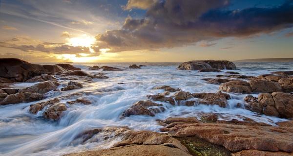 Smiths Beach - Western Australia by Jonathan_Stacey