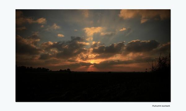 sunset by ianrobinson