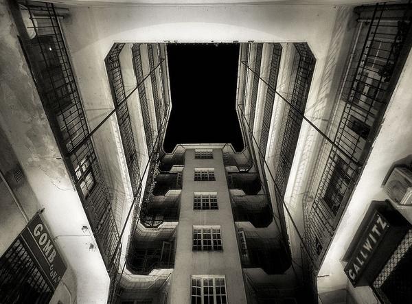 Hotel Babylon by Joao_Lopes
