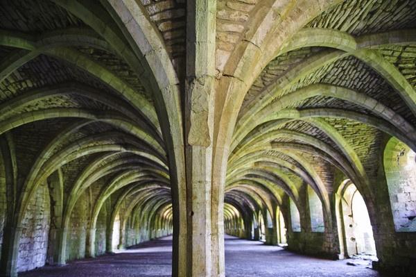 Lay Brothers Dormitory. Fountains Abbey by SteveSav
