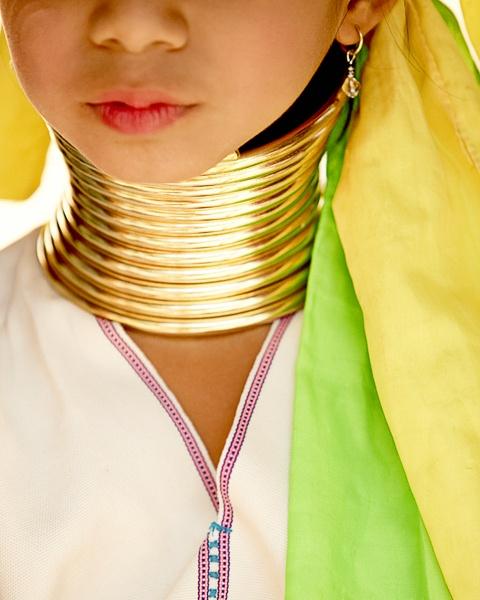 Karen Long neck tribe girl by tomaszchrulski