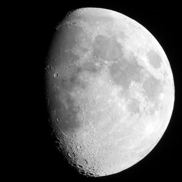 Luna. by Adam_H